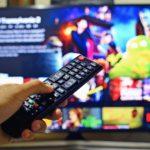 テレビでYouTubeを超快適に観る方法♪安くておすすめ!